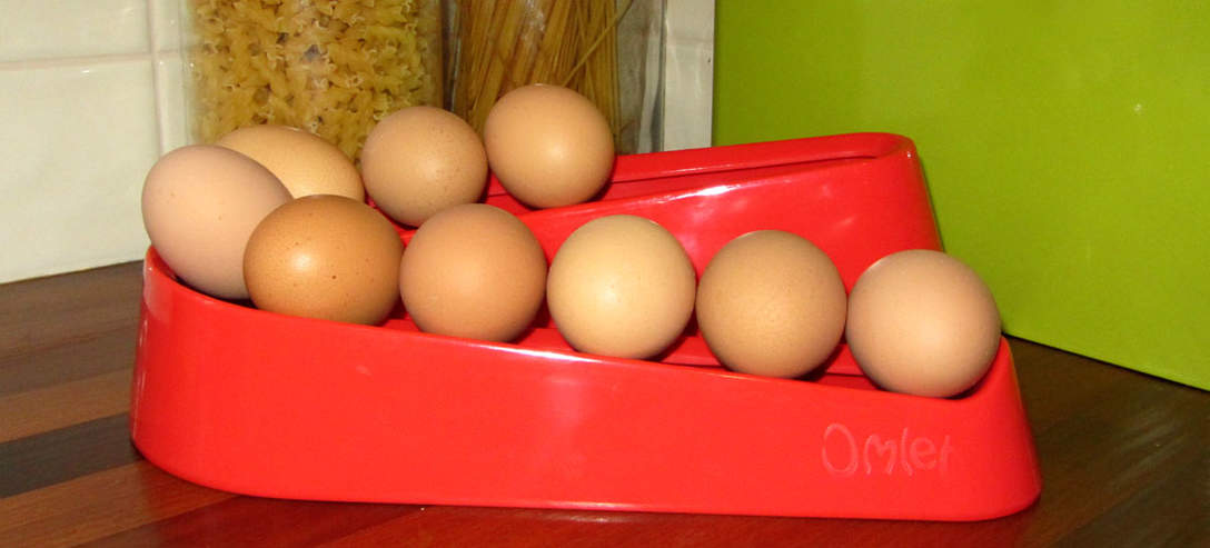 Een rode Egg Ramp in de keuken