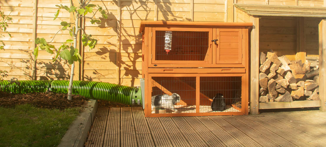 The Zippi rabbit activity tunnel can be connected to any kind of rabbit hutch