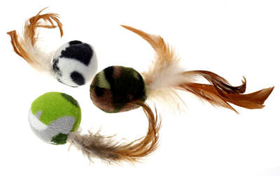 Jolly Moggy Three Feather Fleece Balls Cat Toy