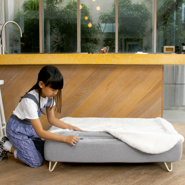 The toppers easily zip on and off the luxury memory foam mattress, providing both comfort and extreme flexibility.