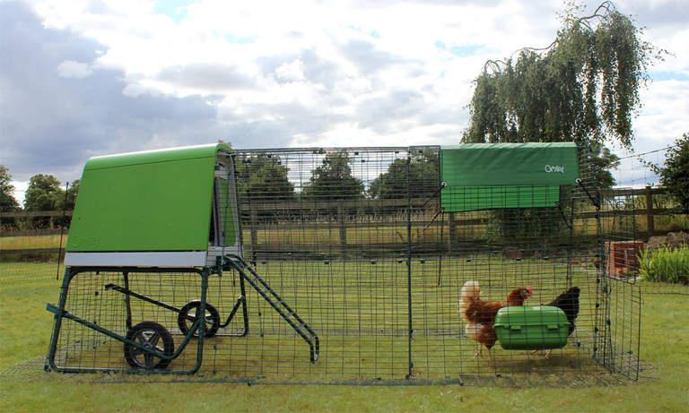 Wybieg Eglu Go Up może zostać przedłużony, aby dać kurczakom więcej miejsca